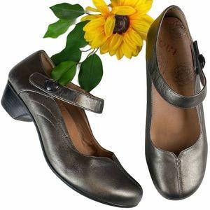 Taos Metallic Leather Mary Jane Samba Heels Shoes